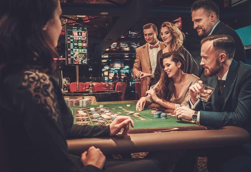 casino. friends playing