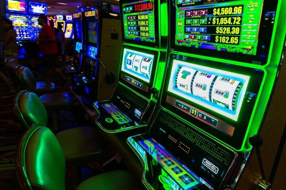 slot, slot machine, gambling